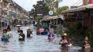 Thailand Flooding May Last For Weeks