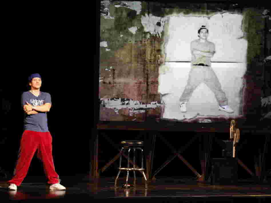 John Leguizamo's fifth solo show, Ghetto Klown, tracks the arc of his show-business career.