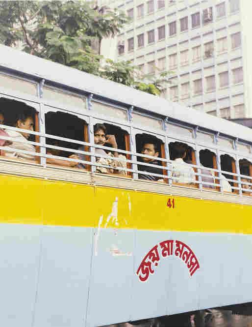 Bus passengers, Kolkata, India, 2007