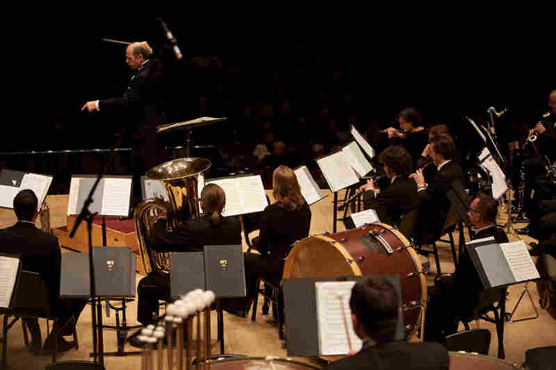 Ivan Fischer leading an exciting performance with the Budapest Festival Orchestra at Carnegie Hall on October 29, 2011 in an unusual way: with the winds, brass and percussion up in front.