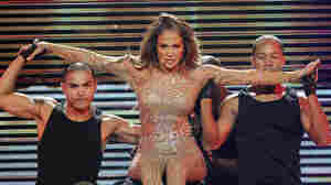 Jennifer Lopez onstage at Mohegan Sun on Oct. 22 — unfortunately without her ex-lookalikes.