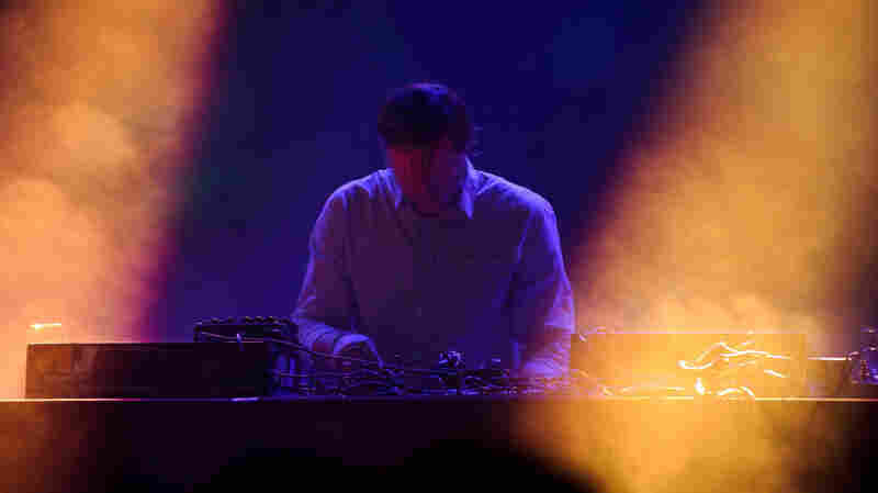 The Field In Concert: Moogfest 2011