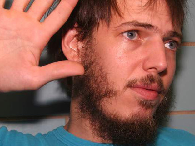 <p>Prolific singer-songwriter Jeffrey Lewis has a new album, called<em> A Turn in the Dream-Songs.</em></p>