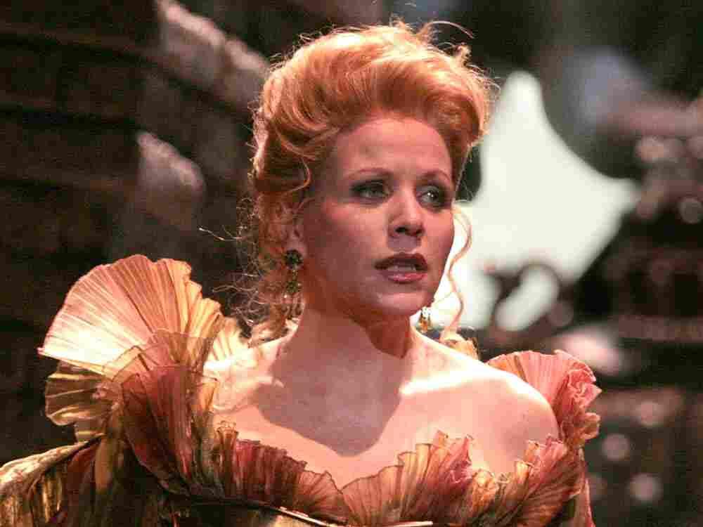 Soprano Renee Fleming leads this WNO production of 'Lucrezia Borgia.'