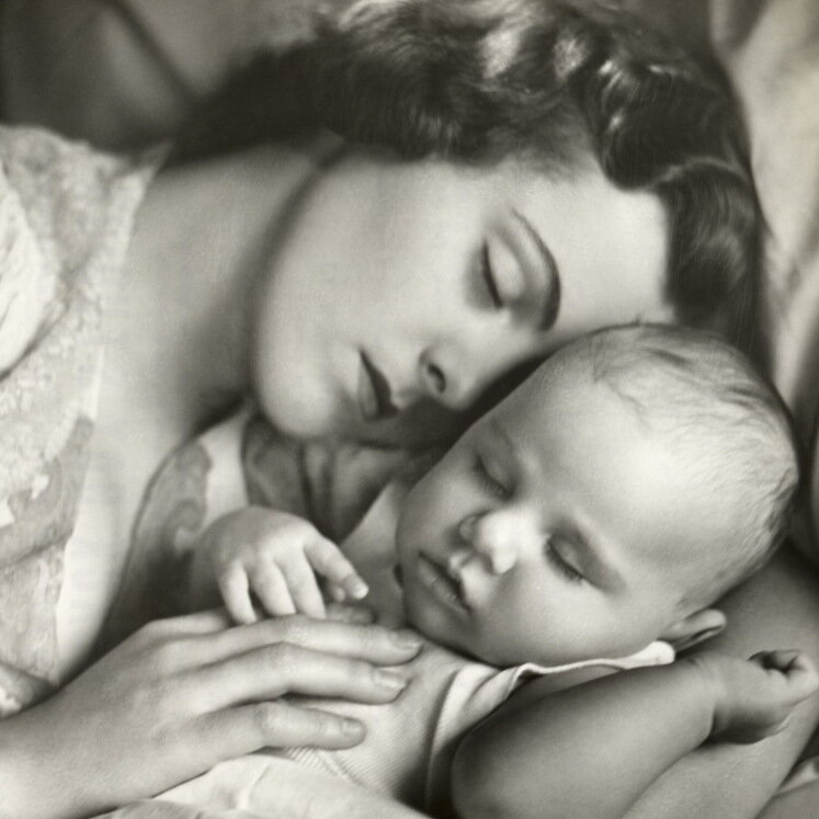 Pediatricians Acknowledge The Reality That Babies Sleep In