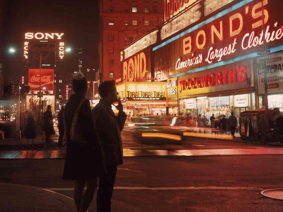 Street Scenes 1970 [1970]