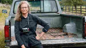 Leibovitz Takes A 'Pilgrimage' For Artistic Renewal