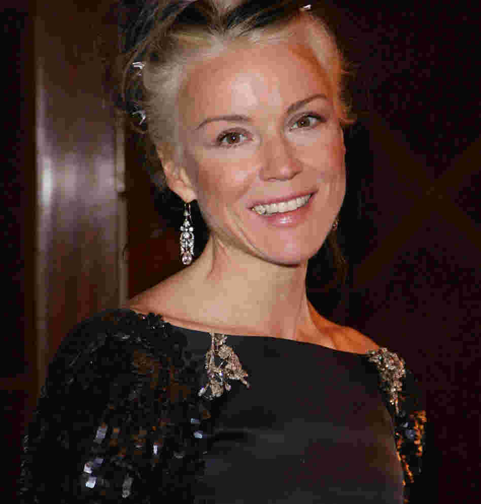 Daphne Guinness is the daughter of brewery heir Jonathan Guinness.