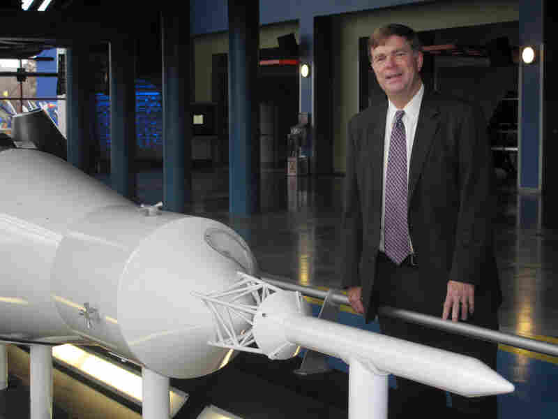 """Huntsville Mayor Tommy Battle says the city is """"the only place in the world that still has expertise about going into deep space."""""""