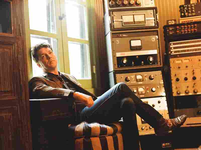 Joe Henry's new album, Reverie, features all-acoustic performances from his basement.