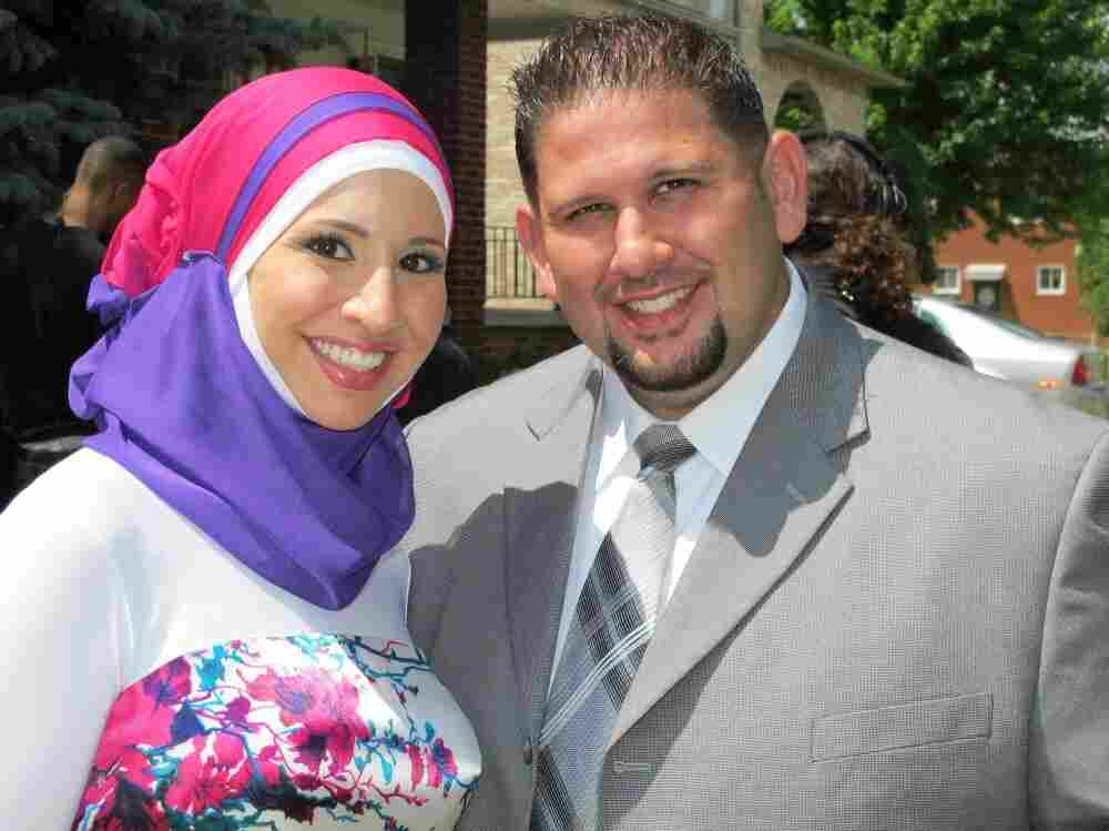Sister and brother Suehaila and Bilal at the marriage of their sister Shadia to her new husband Jeff, on the premiere episode of TLC's unscripted series All-American Muslim.
