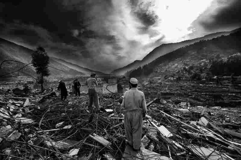 Balakot rubble, Balakot, Kashmir, Pakistan, 2005