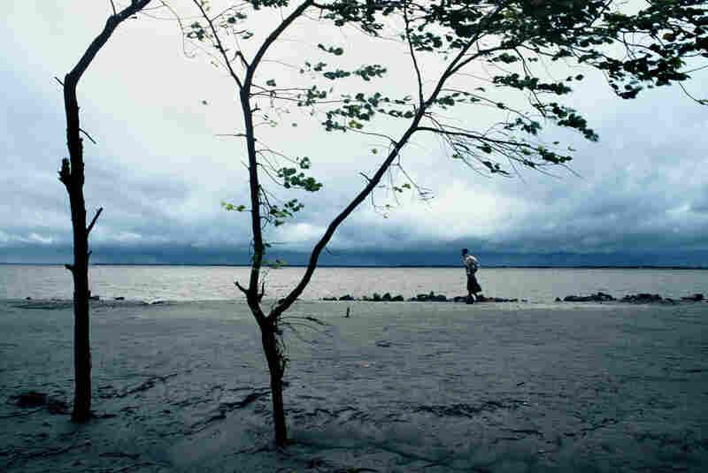 Rajshahi wind, Rajshahi, Bangladesh, 1999