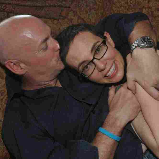 Mark Kelly Tells Of Giffords' 'Courage' In Recovery