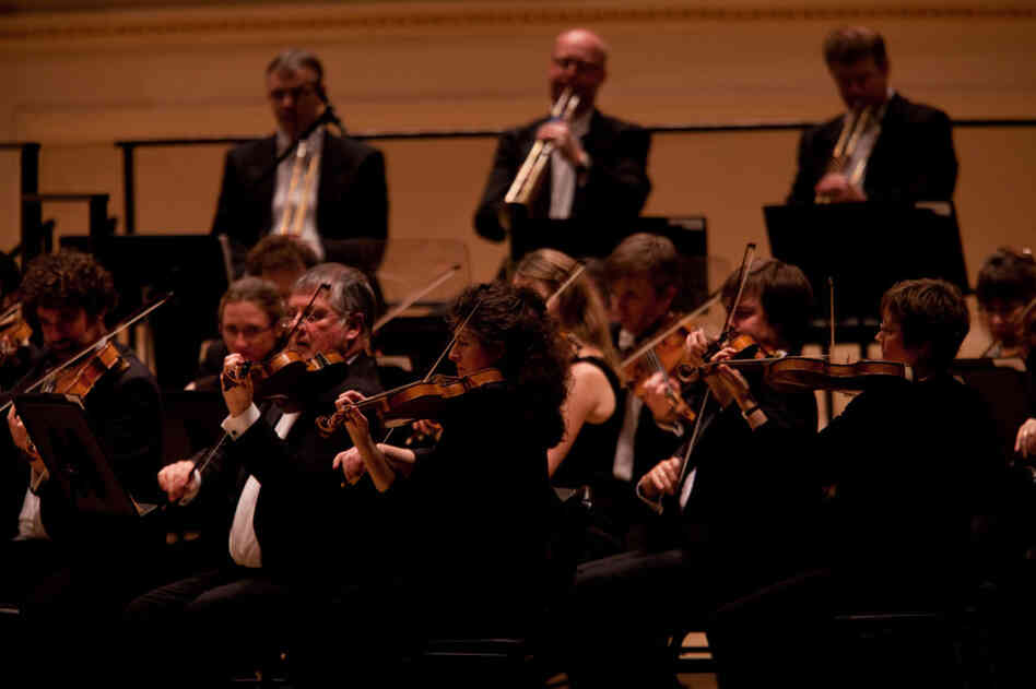 Brass plays an important role in Beethoven's symphonies. The Revolutionary and Romantic Orchestra uses valveless horns and the kinds of trumpets and trombones found in Beethoven's day.