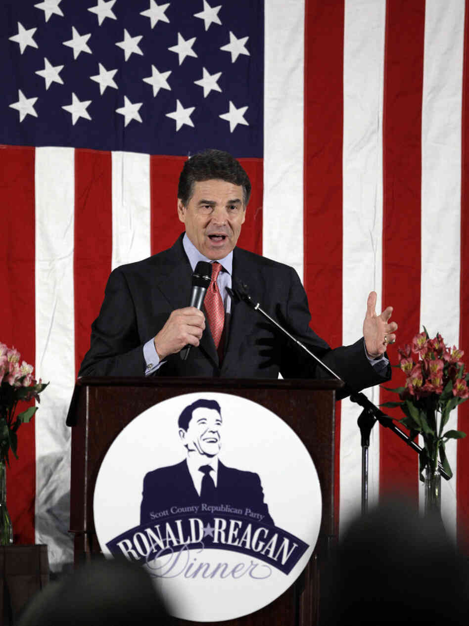 Texas Gov. Rick Perry at a Ronald Reagan Dinner in Bettendorf, Iowa, Nov. 14, 2011.