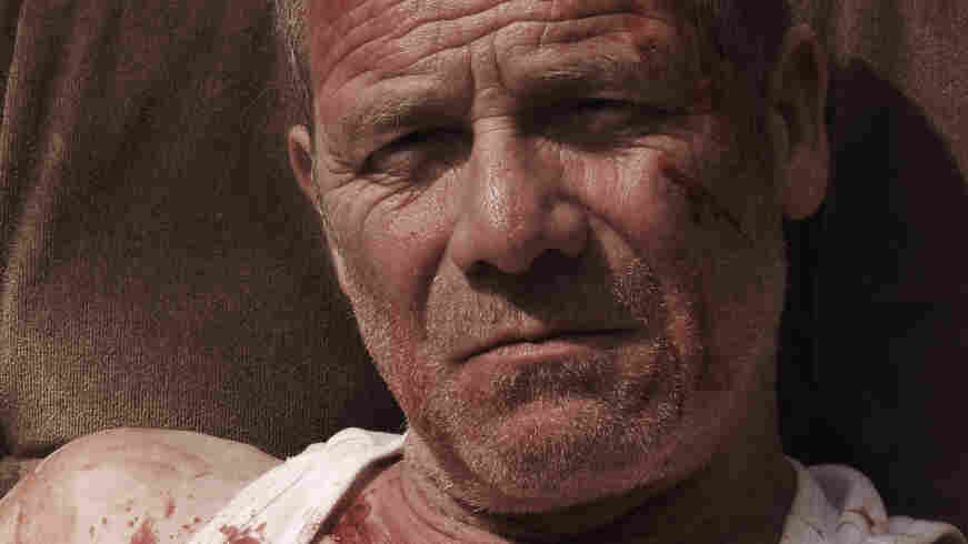 Wracked with anger and anguish, Joseph (Trainspotting's Peter Mullan) is nearing rock bottom when he meets a woman whose own troubles awaken his protective instincts.