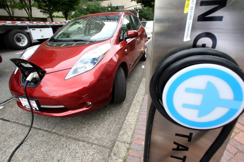 Can Electric Cars Help Automakers Reach 55 Mpg