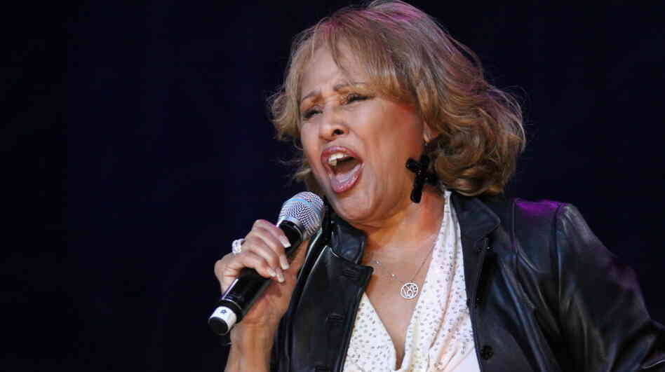 Darlene Love performs at the Rock And Roll Hall Of Fame's spring benefit concert on May 14, 2011.