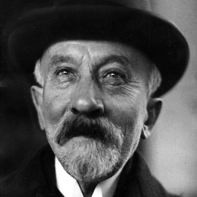 Director Georges Melies pioneered early technical developments in cinema such as multiple exposures and time-lapse photography.
