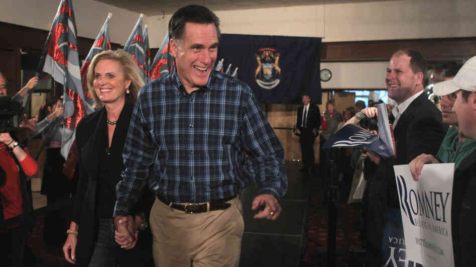 Republican presidential candidate Mitt Romney arrives with his wife, Ann, for