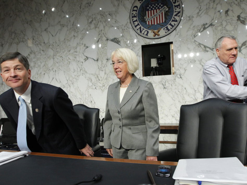 Rep. Jeb Hensarling, R-Texas, left, and Sen. Patty Murray, D-Wash., center, co-chairs of the Joint Select Committee on a Deficit Reduction, with Sen. Jon Kyl, arrive for a Sept. 2011 meeting,  (AP)