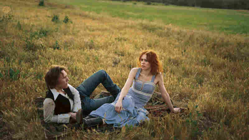 Gillian Welch (right) and Dave Rawlings.