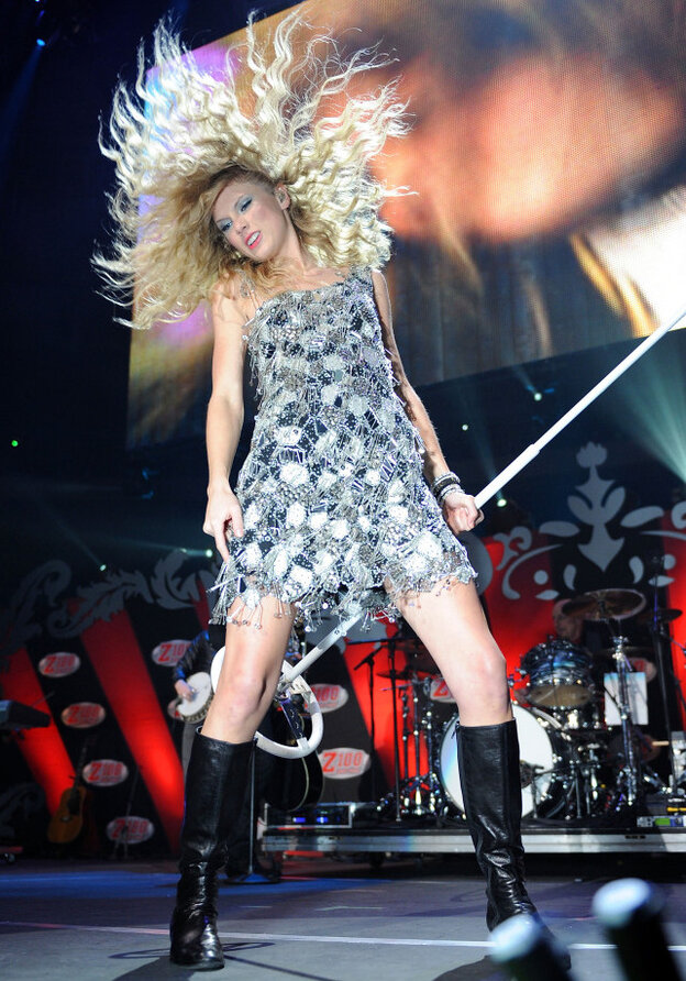 Taylor Swift in New York at Madison Square Garden in December 2009, a year in which she became very familiar with the top of the Billboard charts.