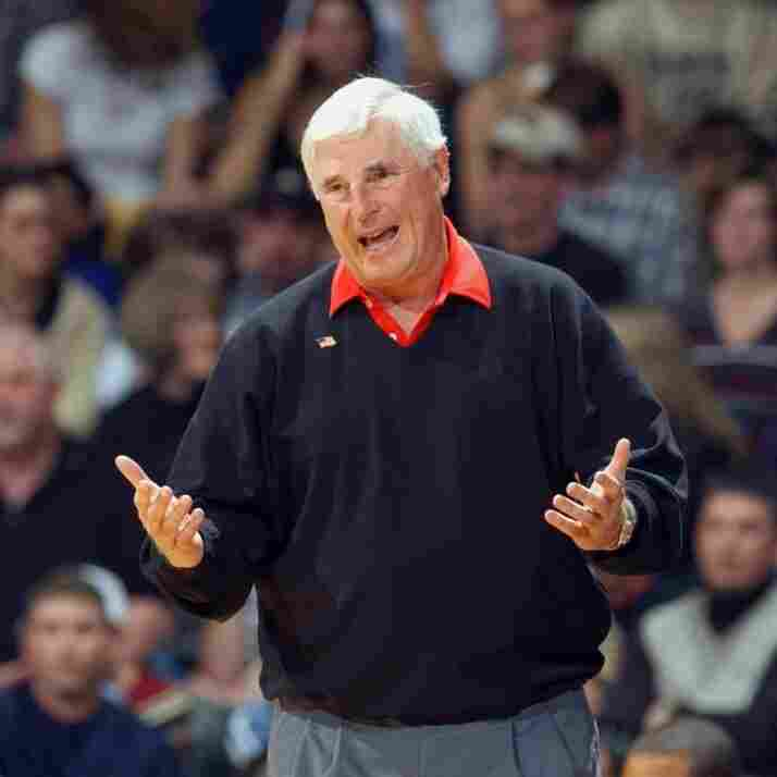 Sports reporter John Feinstein chronicles his experiences talking with athletes and coaches, including Bobby Knight, in One on One.