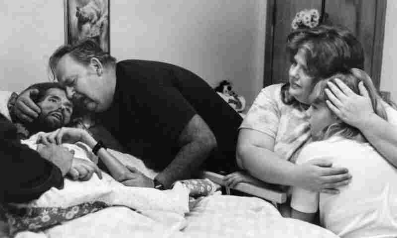 The haunting image of David Kirby's death, taken by journalism student Therese Frare in 1990, became an iconic image of the HIV/AIDS epidemic that, by then, had seen as many as 12 million people infected.