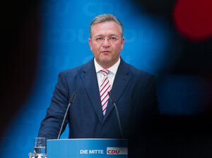 Frank Henkel addresses a press conference in Berlin on September 19th. The Interior Minister has called for a ban on the populist NPD party.