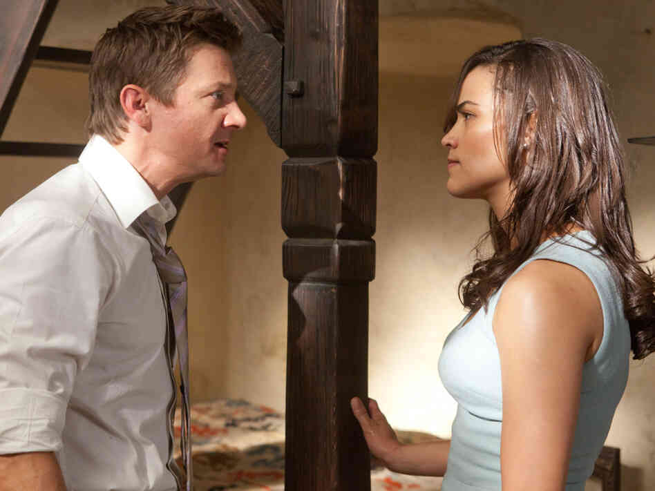 Brandt (Jeremy Renner) and Jane (Paula Patton) — both members of Hunt's crew — pull off a grand escape.