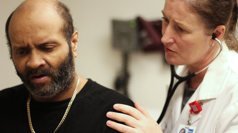 Joseuly Claudio, 53, gets weekly checkups from nurse practitioner Mary McDonagh at Mt. Sinai Hospital in New York. (WNYC)