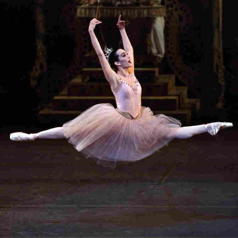Tracing Ballet's Cultural History Over 400 Years