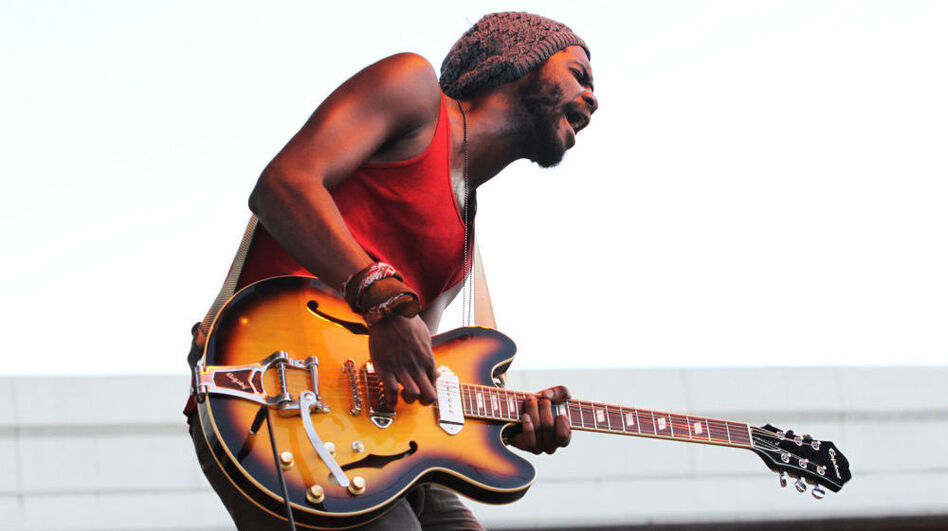 Gary Clark Jr., Royale