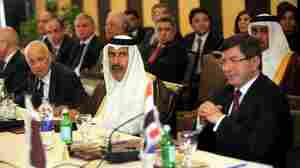 Arab League Wavers On Sanctions Against Syria