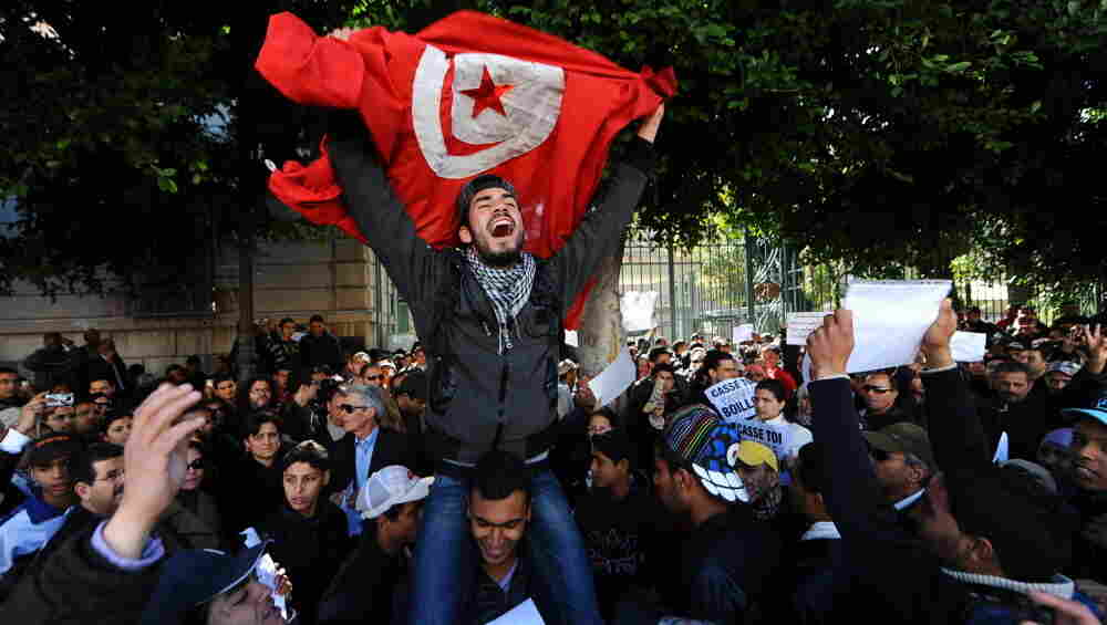 Arab Spring began in Tunisia when a fruit vendor set himself on fireArab Spring Man On Fire