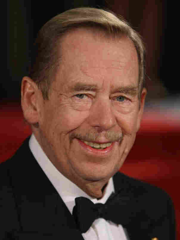 Former Czech President Vaclav Havel died Sunday in his weekend home in the northern Czech Republic. He was 75.