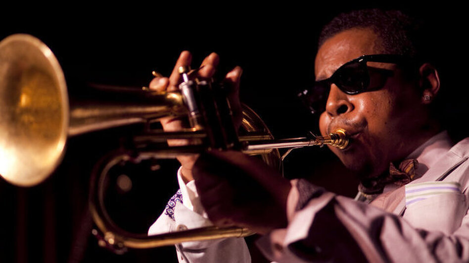 Roy Hargrove performs live at the Village Vanguard. (johnrogersnyc.com)
