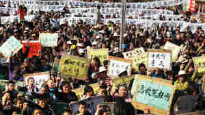 In China, Anger Spreads Over Government Land Grabs