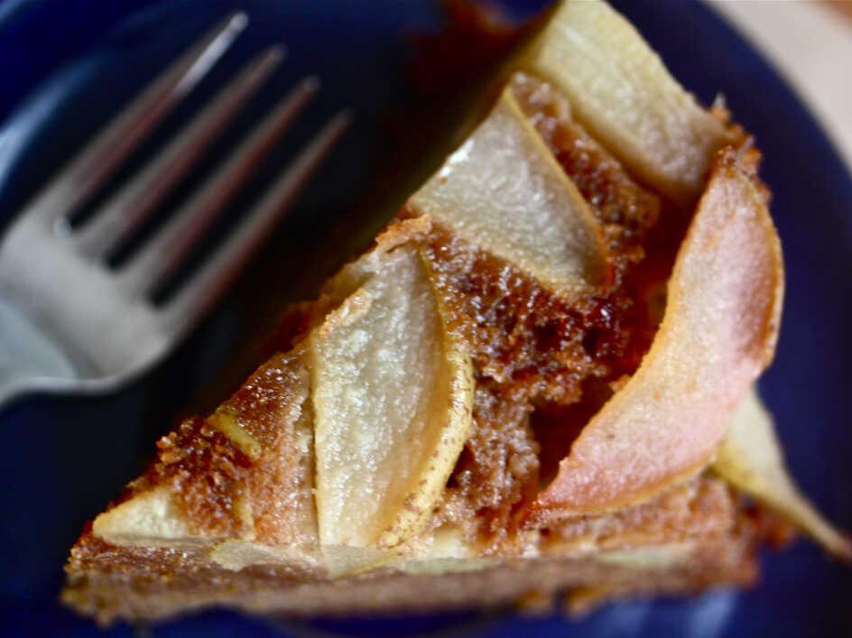 Upside-Down Honey-Ginger Cake