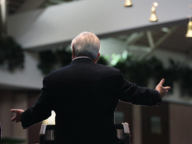 Newt Gingrich speaks Wedn