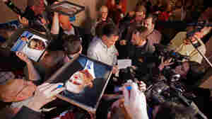 Iowa Reluctantly Warms To Romney