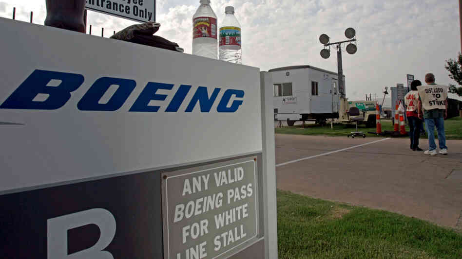 Boeing plans to close its Wichita plant, where in 2005 members of the Machini