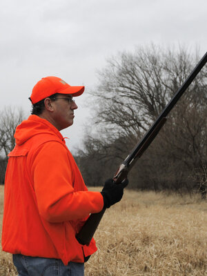 This Iowa photo op apparently wasn't enough to stem many gun owners' doubts about Rick Santorum.