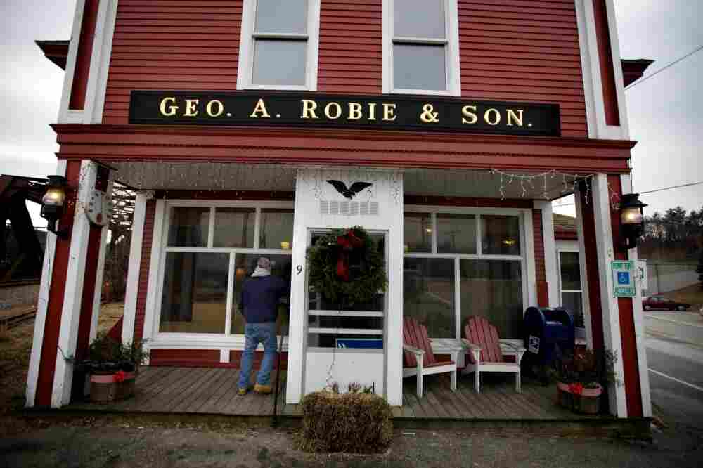 Robie's Country Store in Hooksett, N.H., is a regular campaign stop for presidential hopefuls.