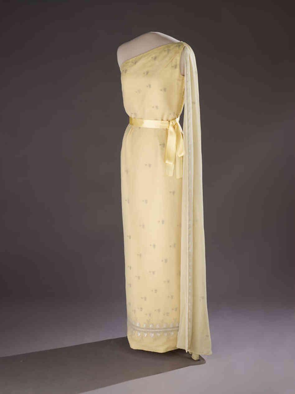 jackie kennedy evening dresses - photo #44