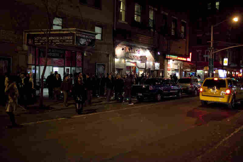 Long waits to enter venues and to purchase/pick up tickets at Winter Jazzfest caused pileups of foot traffic.