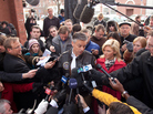 "Former Utah Gov. Jon Huntsman speaks to reporters before a campaign stop in Concord, N.H. In interviews, Huntsman has said that his goal in New Hampshire is to ""beat market expectations."""