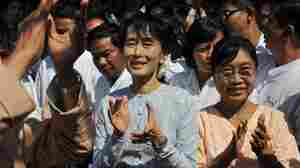Myanmar's Aung San Suu Kyi Confirms She's Running For Parliament